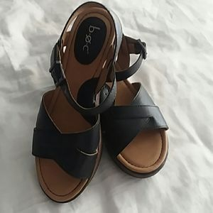 B.O.C. Black Wedge Strappy Leather Sandals Size 7